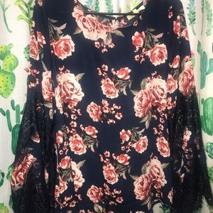 NWT Women's Blouse Large